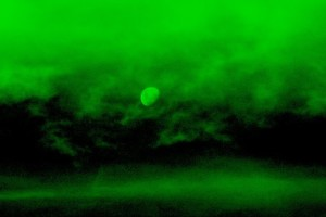 night-vision-goggle-effect-moon